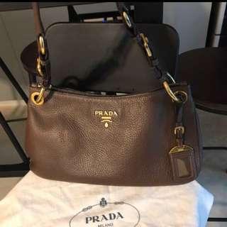 90%new Prada shoulder bag 上膊袋