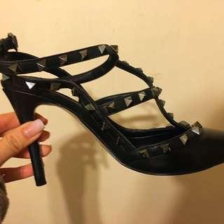Valentino rockstud heels 39 💯 %real