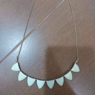 SALE! all necklace @15.000!