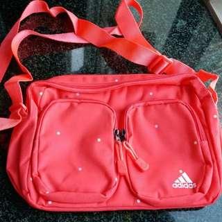 Adidas 斜孭袋