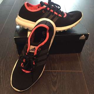Adidas element hoody running shoes size 7