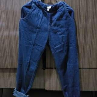 Celana Jogger Dark Denim bahan Jeans Washed