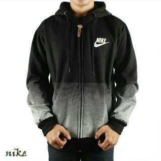 Sweater Nike Gradasi