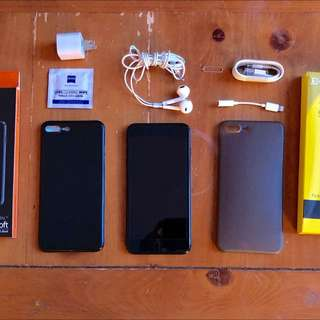 Unlocked Mint iPhone 7 Plus 128gb Jet Black Bundle!!