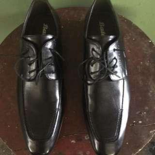 ORIGINAL BATA leather shoes