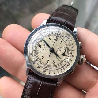 Anonymous 1930-40s flat bezel chronograph