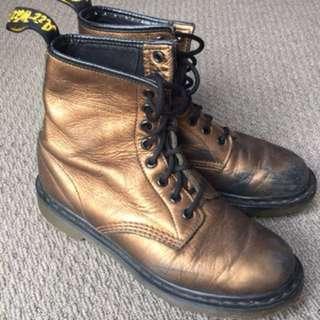 Doc Martens Bronze UK 5