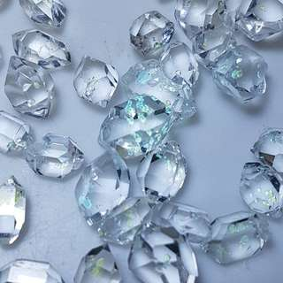 Enhydro Petroleum Quartz