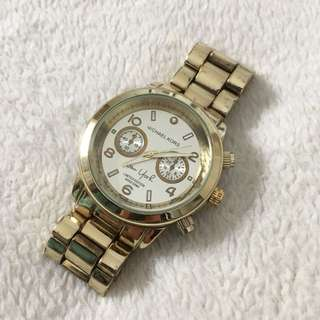 Michael Kors like gold watch