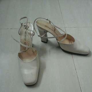 Dijual sepatu CHARLES JOURDAN