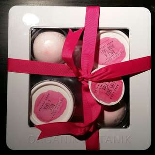 BNWT Bath Bomb, Body Scrub, and Lotion set