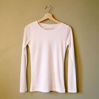 Basic white long sleeve T-shirt