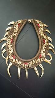 Papua Necklace ( Taring)