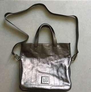 Longchamp 手袋(可手挽可揹)