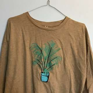 Oversize Embroidered Plant Tee