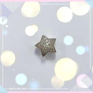 Pandora 閃石星星 charm