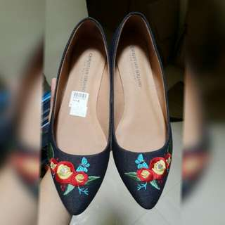 Sepatu Payless New Flat Shoes