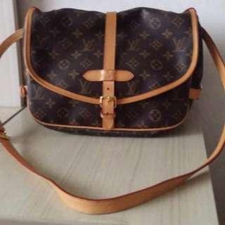 LV Sling Bag preloved
