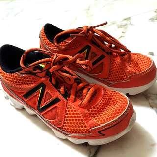 New Balance BOY Shoes
