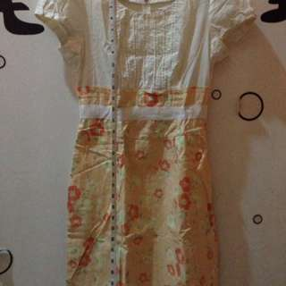 Chilo Floral Dress Medium