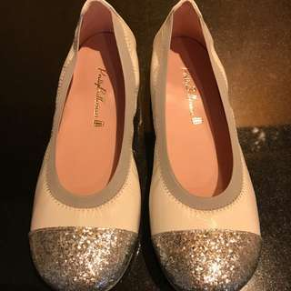 Girls' Patent Leather Pretty Ballerinas - Size 33 (Europe) 1 (UK)