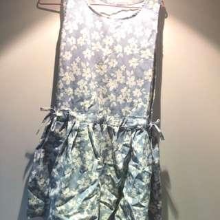 無袖碎花洋裝