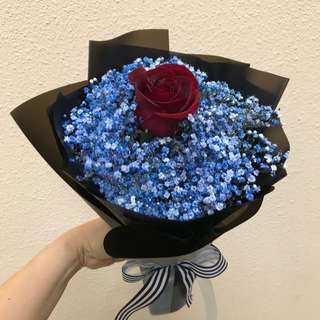 Single Red rose and blue baby breath bouquet