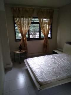 Yew tee 5 room flat for rent