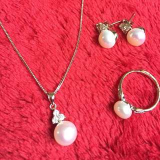 Authentic Freshwater Pearl Jewelry Set