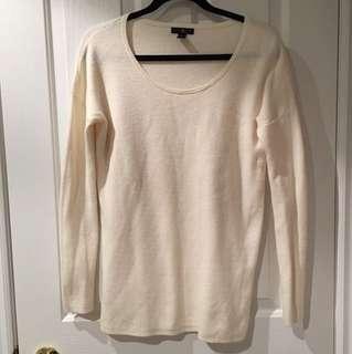 gap size small sweater