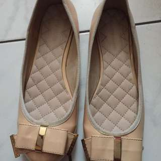 Sepatu Wanita Marie Claire