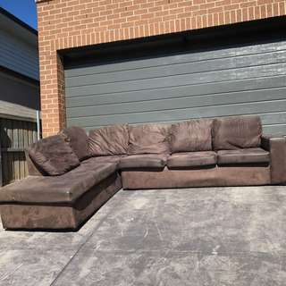 Couch NEGOTIABLE