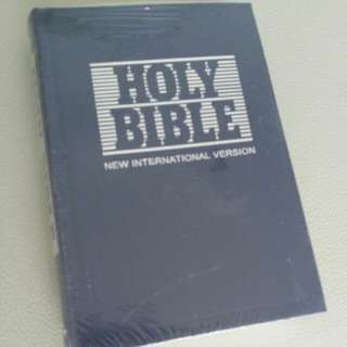 BNIB Holy Bible selling only sgd 16!