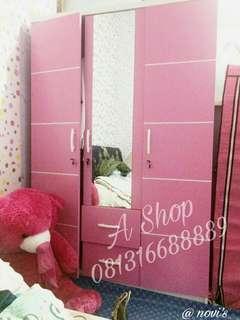 Lemari pakaian pink murah. Model minimalis & mewah.