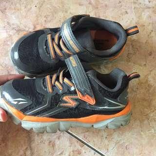 Skechers shoe anak sepatu