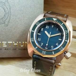 日本品牌 NETHUNS LAVA-Bronze LB113 雙面可用真皮錶帶 500米防水