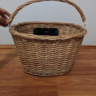 Bicycle Wicker Basket with Handle.