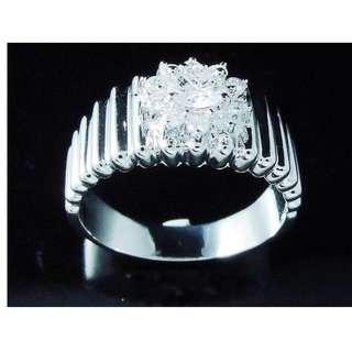 【D-W 香港鑽石世界】《女士鑽戒系列》全新18K白金 44份花漾鑽石戒指---000793-99