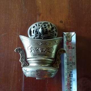 早期銅製淨香爐