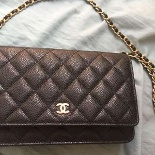 Chanel wallet on chain caviar with gold hardware