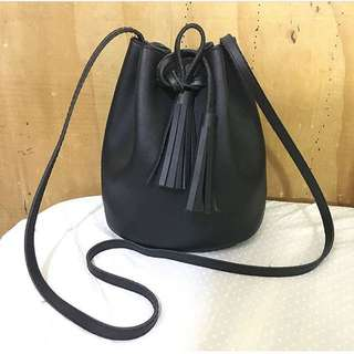 Mini bucket bag (good as new)