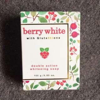 Berry white whitening soap