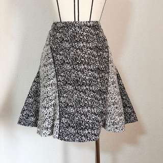 Black & white speckled skirt