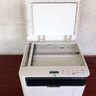 Fuji  Xerox Docuprint. M115W Mono Multifunction Printer ( white )