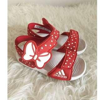 Sepatu Sandal Adidas Akwah Minnie Mouse
