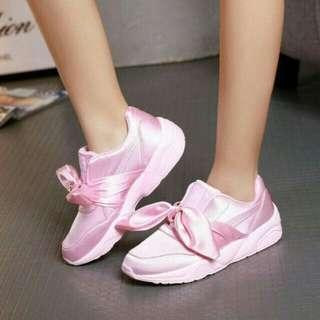 Sepatu wanita puma