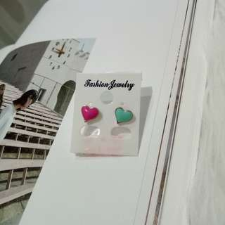 Anting love two toned