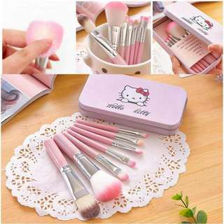 Hello Kitty Brush Set