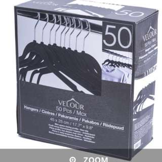Velvet hangers - 40 pieces