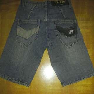 Celana 3/4 jeans pria uk. 30
